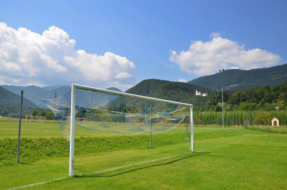 Nogometno igrišče Videm